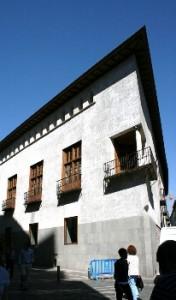 01. El Palacio del Condestable rehabilitado (206x350)
